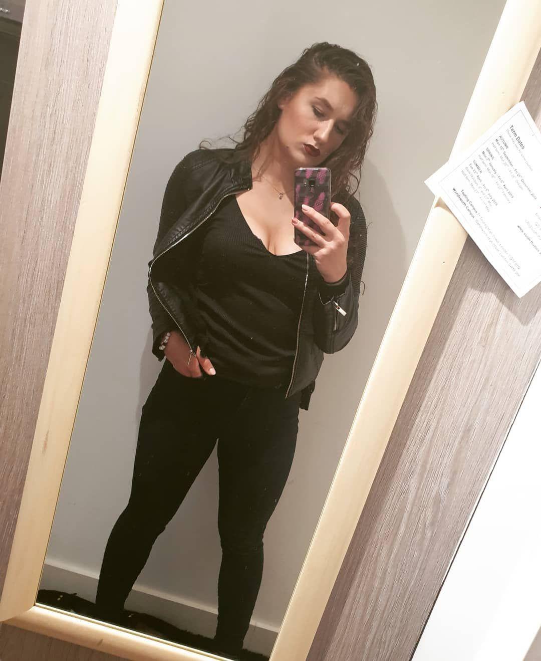 Black mamba 🖤💣 #fashion #stylish #style #polishgirl #polskadziewczyna #fitnessgirl #fitness #wear #b...
