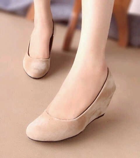 4 Cara Memilih Sepatu Wanita Yang Memiliki Kaki Lebar | eMJeShop - Part 2