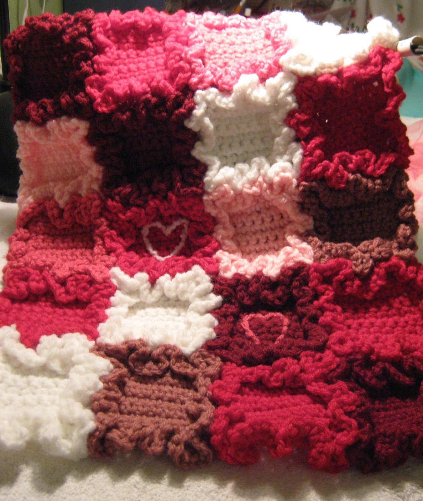 Erndales N More Tiny Hearts Doll Blanket Free Pattern Crochet Ruffle Crochet Crafts Crochet