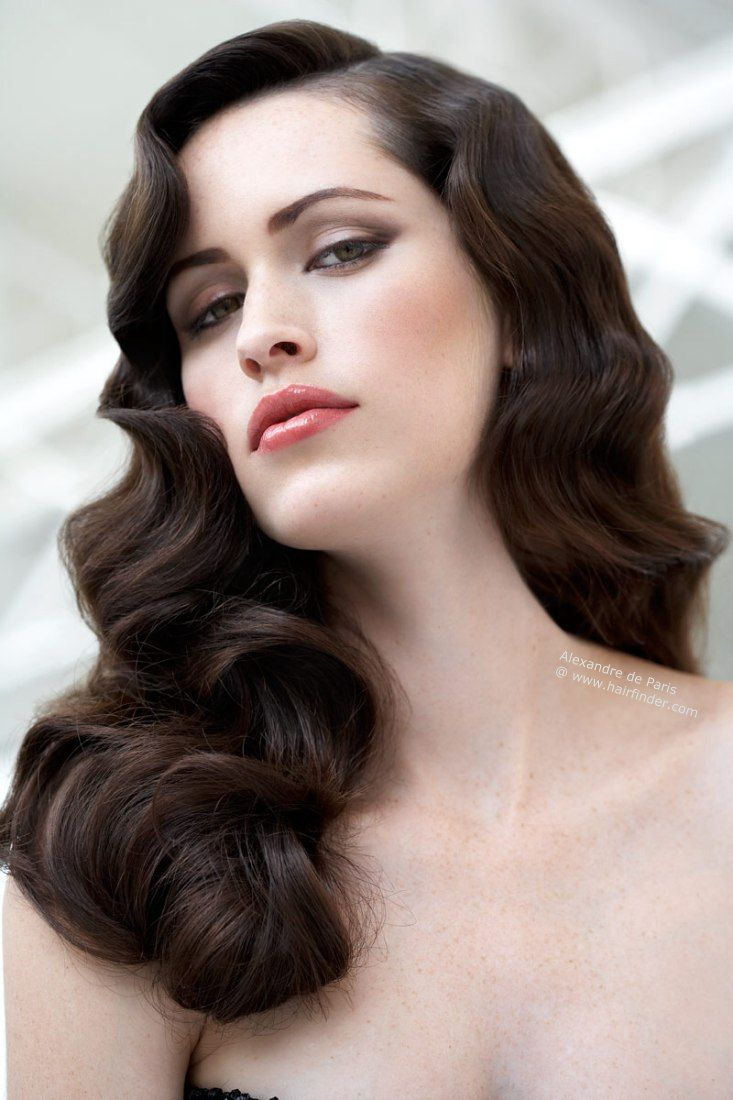 Gorgeous Soft Vintage Waves For A Glamorous Old Hollywood Or Vintage Themed Wedding Vintage Bridal Hair Hollywood Hair Old Hollywood Hair Long Hair Styles