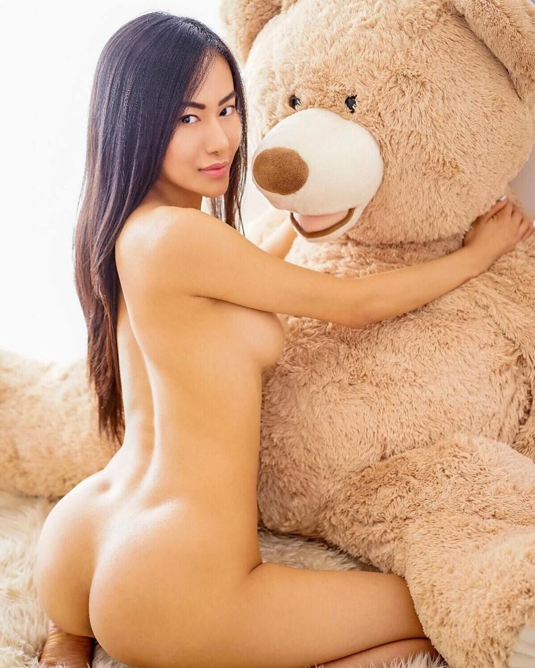 Chinese Sexy Model And Travel Blogger Girl Anna Xiao Leaked Naked Sexy Photos Anna Xiao