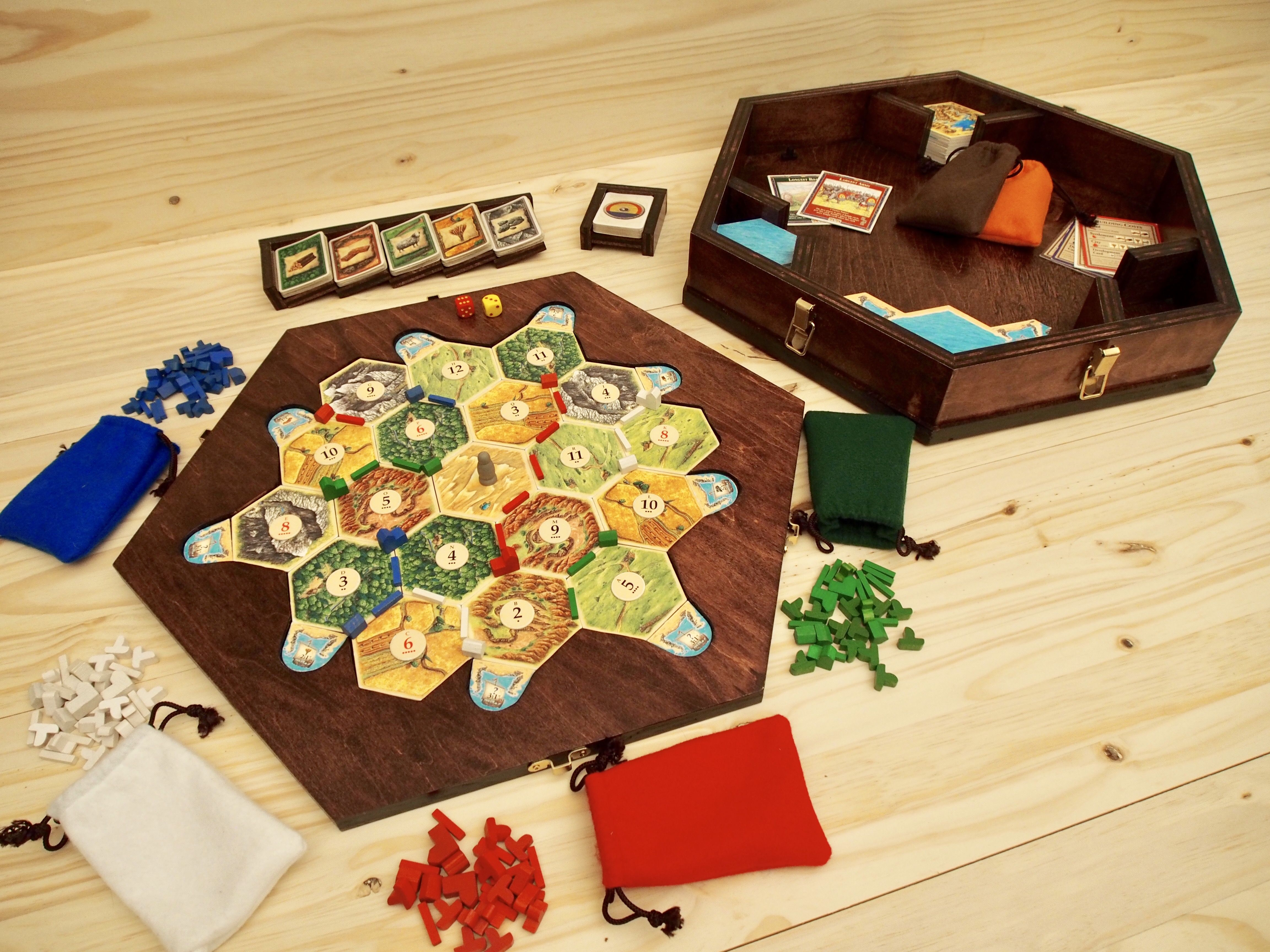 Settlers of Catan Game Board, Storage Unit and Card