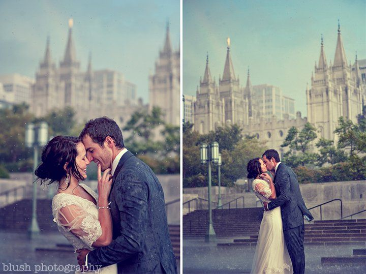 wedding picture in the rain? oh my goodness..