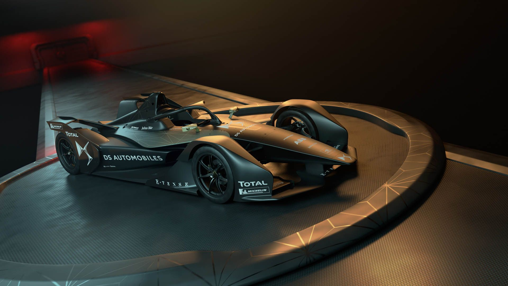 Ds E Tense Fe 19 Looks The Most Batmobile Like Yet Carscoops Ds Automobiles Racing Formula E