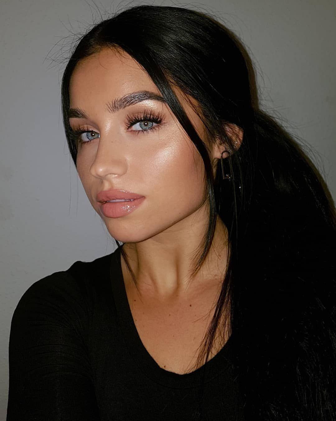 Yuliamiia On Instagram I Tried To Smile But No Advertisement Wearing Cleoncosmetics In B In 2020 Brown Eyes Black Hair Black Hair Green Eyes Dark Hair Blue Eyes
