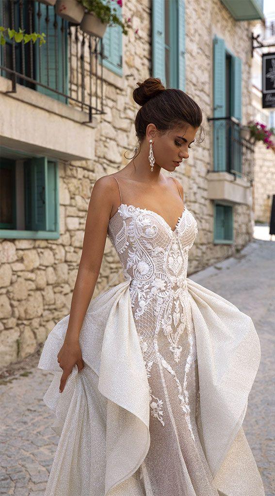 Vestidos de novia de cara de Oksana  – Boda