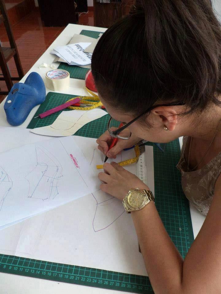 Escuela de Calzado Av 28 de Julio 462 interior 110 - Miraflores  info@artedelcalzado.com web : artedelcalzado.com/