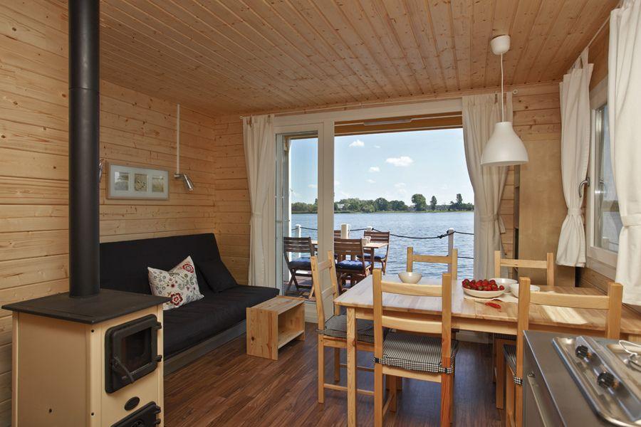 Bunbo De Das Bungalow Boot Bunbo Familie Fluss Brandenburg Hausboot Hausbootverleih Bunboland Wohnung Ferienwohnung Bungalow