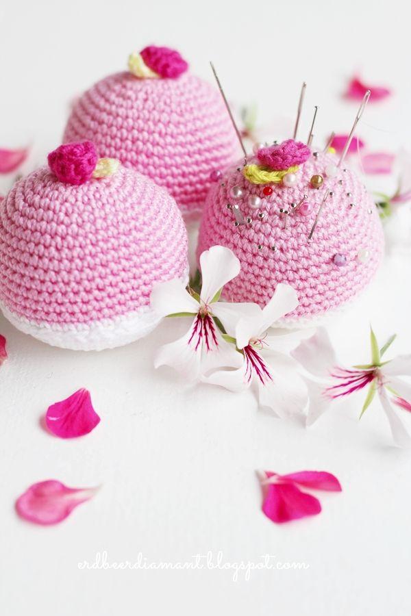 erdbeerdiamant: Pincushion Love ♥