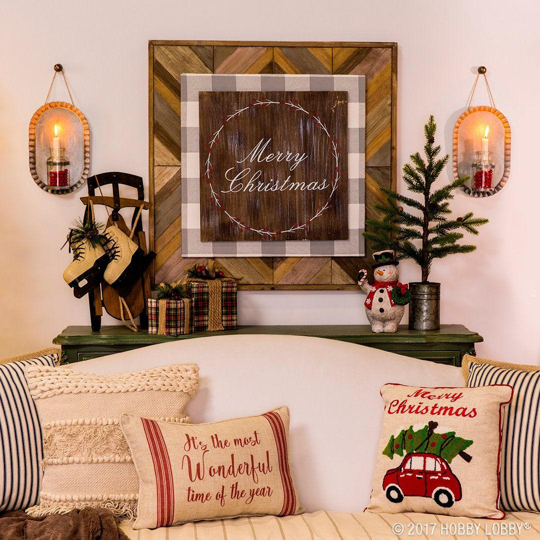 Celebrate The Most Wonderful Time Of Year With Cozy Christmas Decor Mixes Traditional And Rustic Elements To Achieve That Home For Holidays Feel