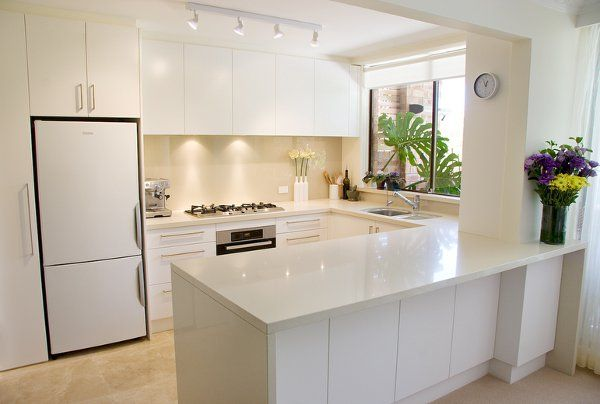 Best Contemporary Custom Kitchens With Ideal Storage Cabinets 400 x 300