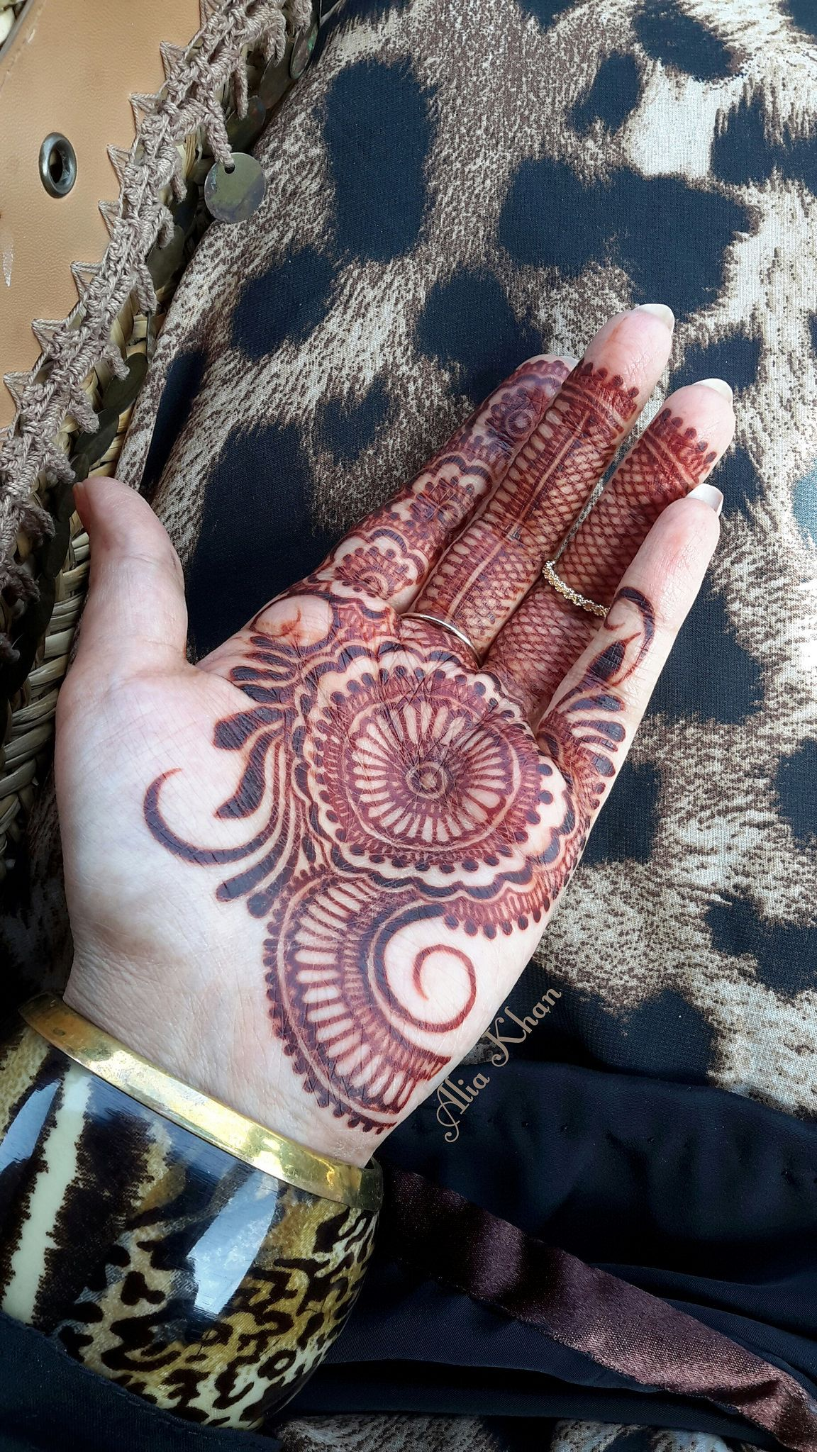 13 Unique Henna Designs Doing The Rounds This Wessing: Https://flic.kr/p/tUmv95