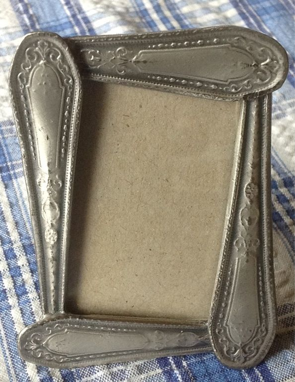 Small frame made from silverware handles - sweet