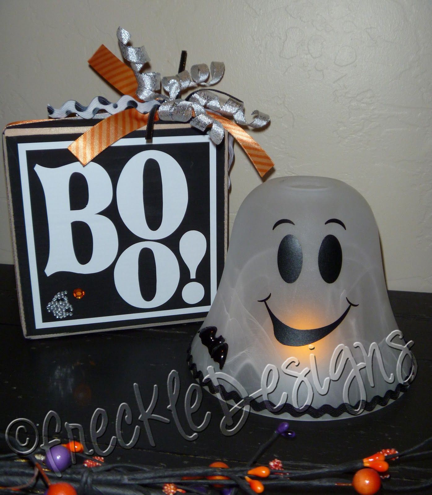 Happy Halloween Tips On Home Decoration 1: Love The Ghost Made From Lamp Shade! The Light Is Done By
