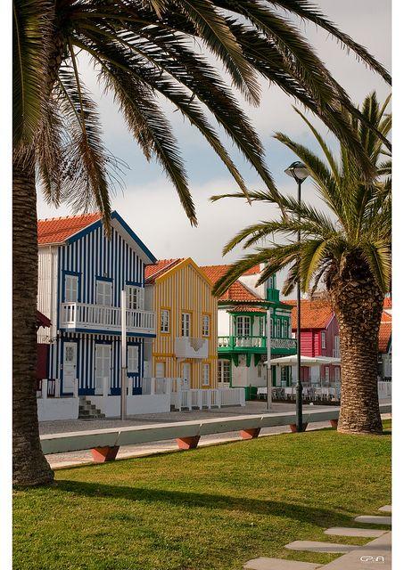 Costa Nova do Prado, Aveiro, Portugal by christian.parreira, via Flickr,  lets go