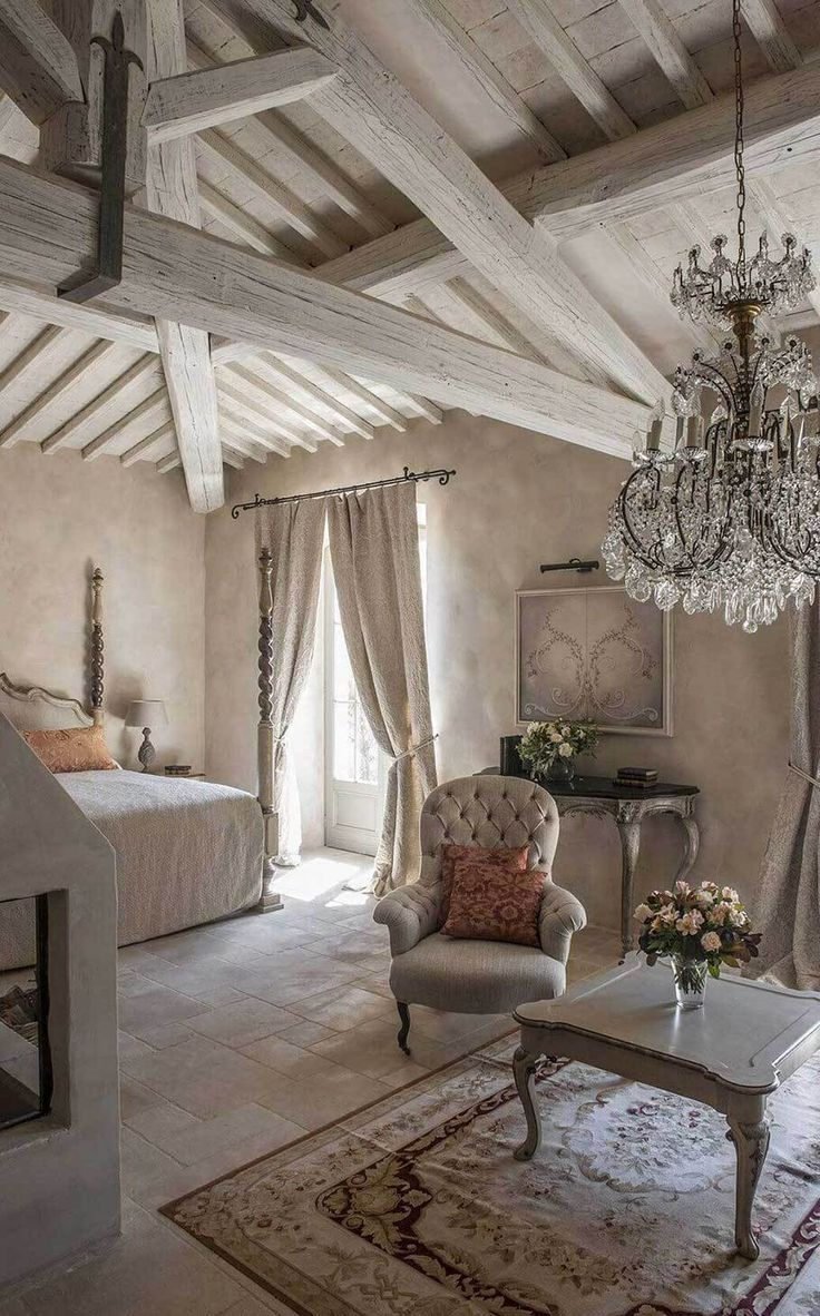 French Country Decorating Ideas  Déco chambre campagne, Deco