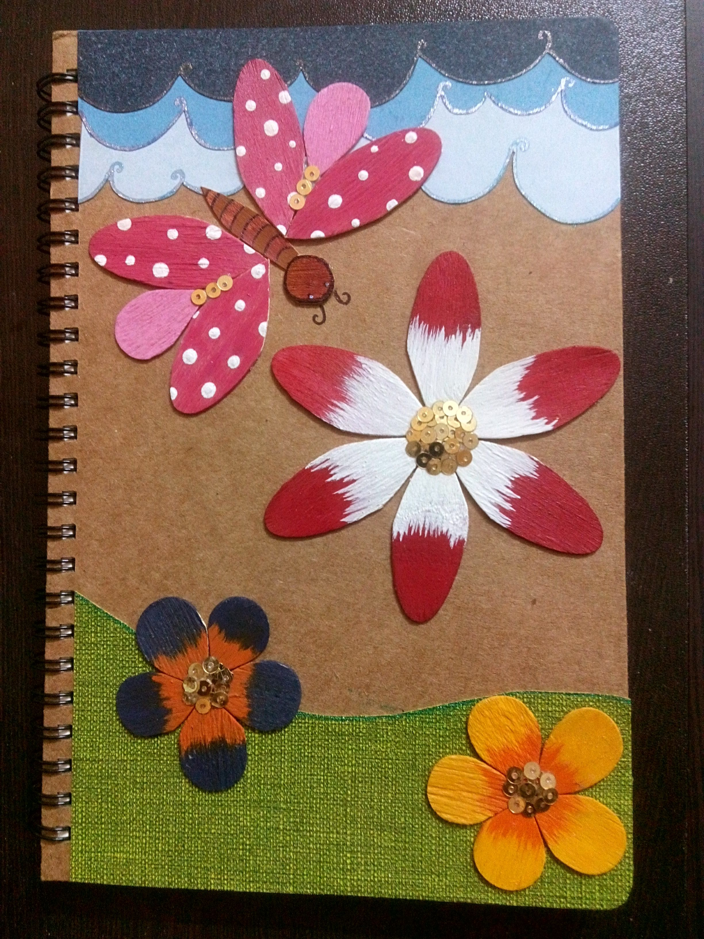Decorate A Folder Or Diary With Wooden Ice Cream Spoons Crafts