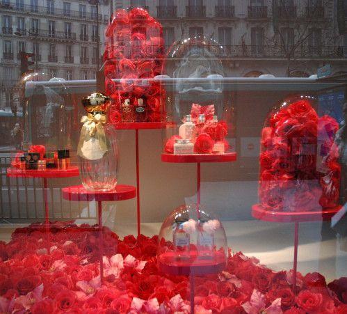 my saint valentine pinned by ton van der veer st valentin pinterest vitrine vitrine. Black Bedroom Furniture Sets. Home Design Ideas