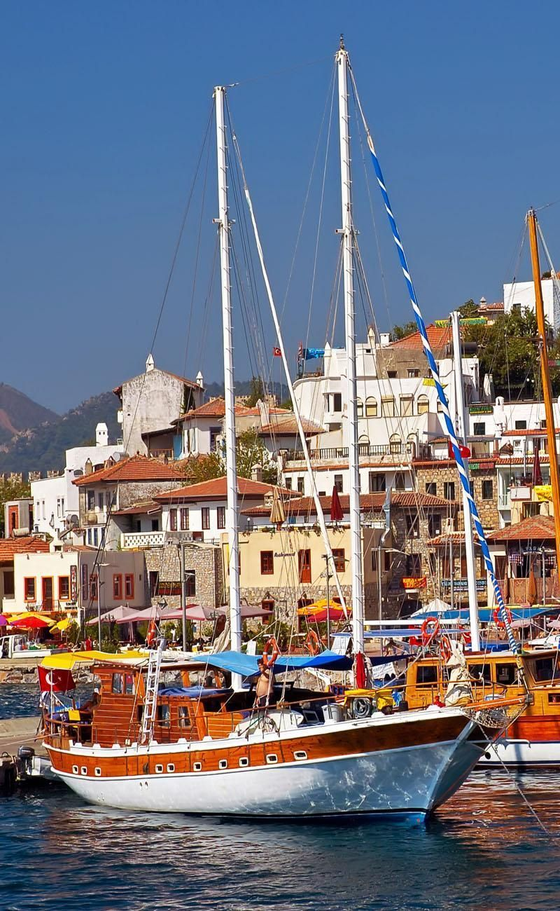 Pohľad cez Marmaris Marina, Turecko    Amazing Photography miest a známych pamätihodností z celého sveta