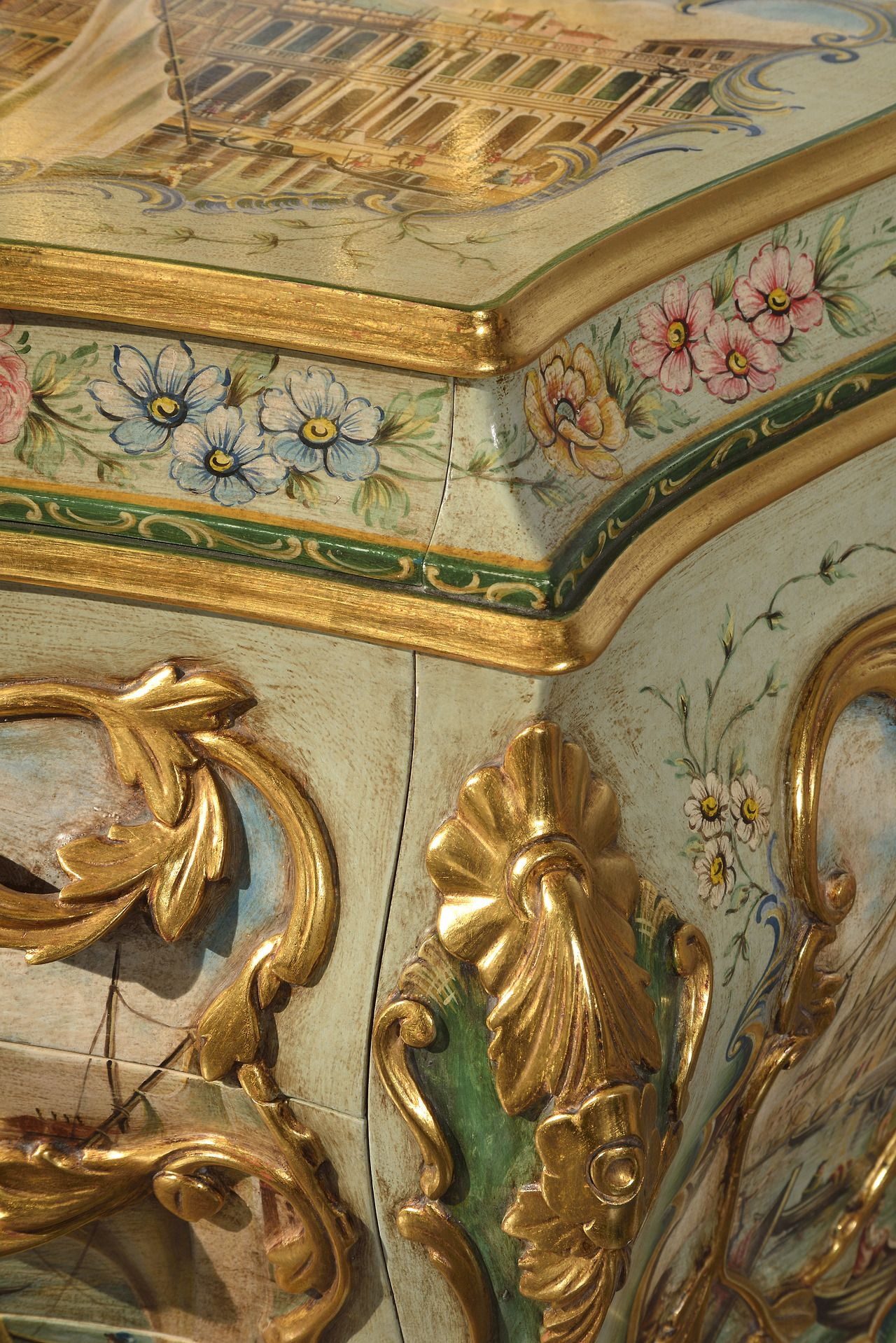 Particolare di comò Antica Venezia di #Zulianimobili