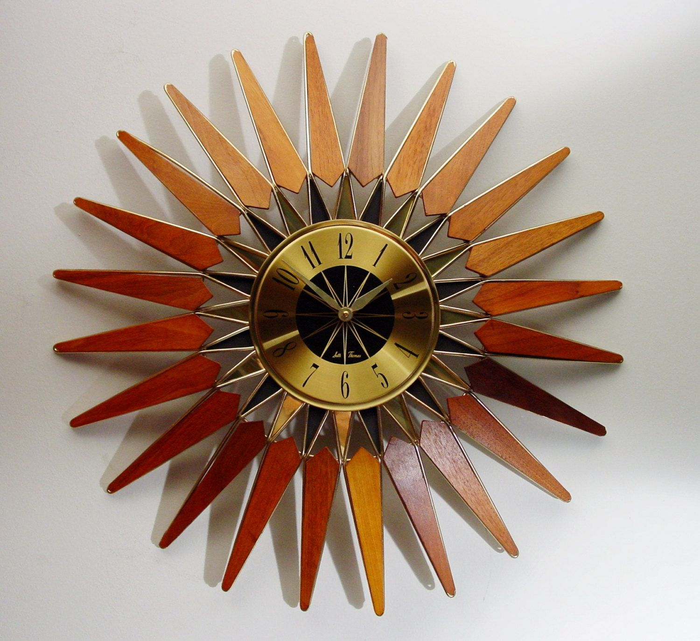 Mid Century Modern Starburst Clock, Seth Thomas, Vintage 1960s Sunburst  Clock, Mid Century