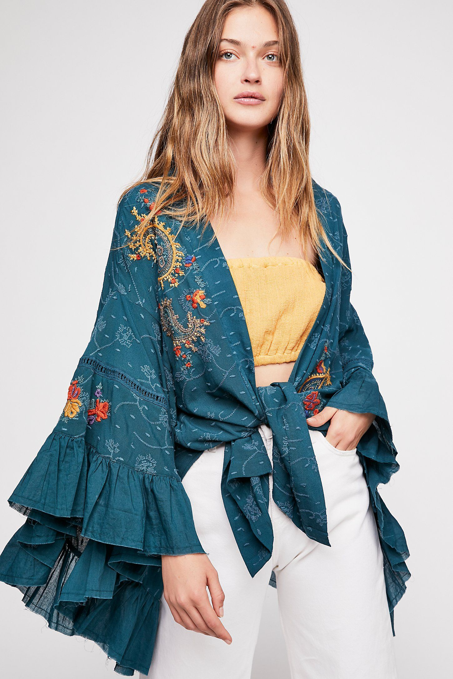 bd8ce6e57da Dottie West Kimono   My Style   Dottie west, Kimono, Kimono fashion