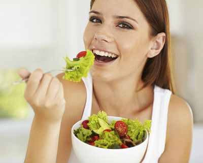 Mindful Eating: Practical tips to get you started   Pinned by CamerinRoss.com