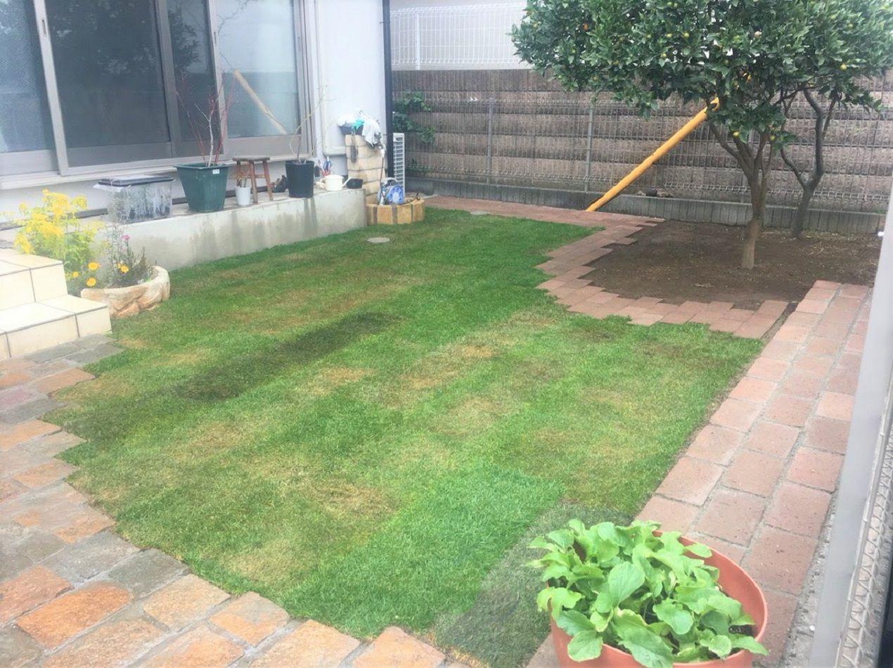 優しい色合いのレンガ舗装と 芝生の緑がきれいなお庭 施工事例 庭