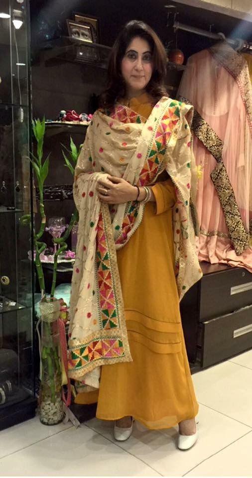 bfe53d12 Pinterest: @pawank90 | Indian | Indian designer wear, Phulkari suit ...