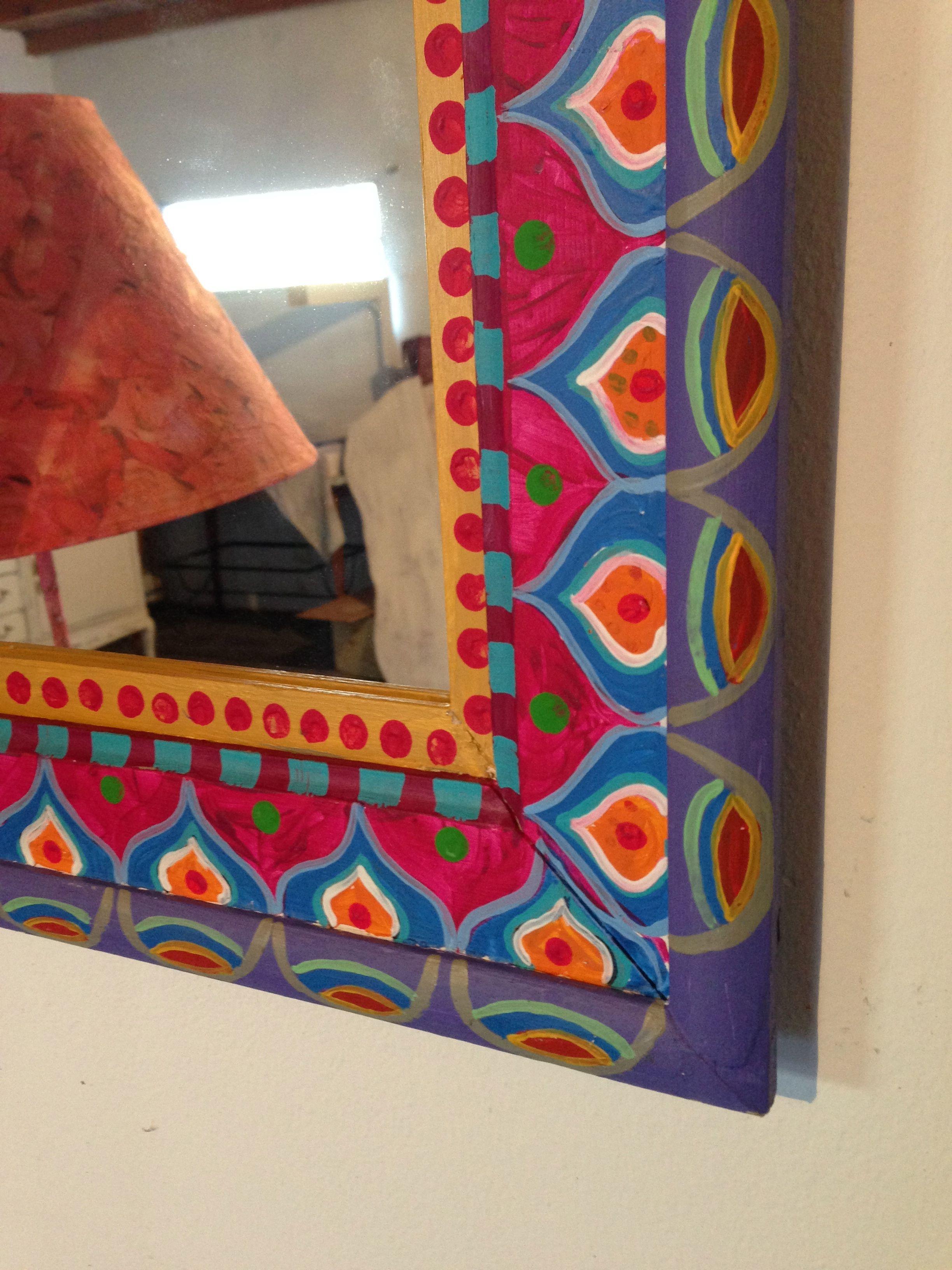 Espejo pintado a mano vintouch manualidades pinterest for Pintar marco espejo