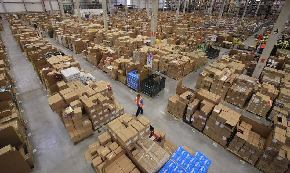 What It Looks Like Inside Amazon Com Rich Couple Amazon Date