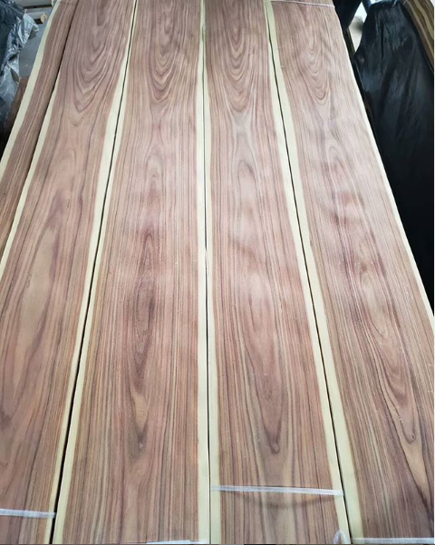 Santos Veneer Crown In 2020 Wood Veneer Red Oak Wood White Oak Wood