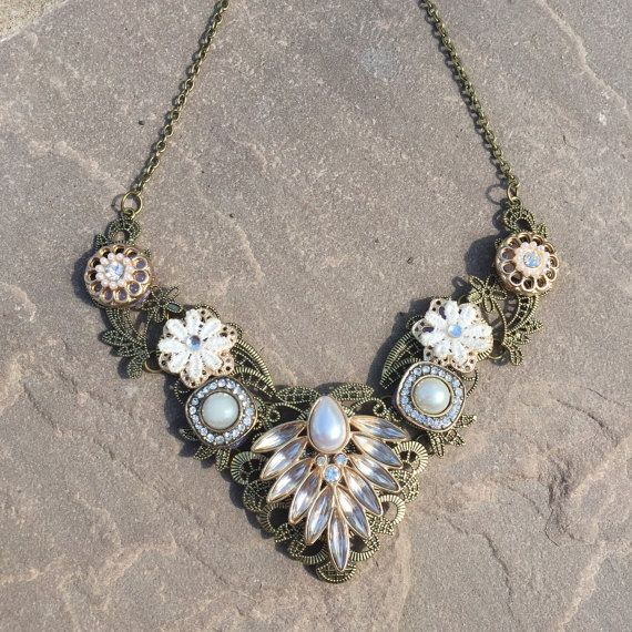 Hey, I found this really awesome Etsy listing at https://www.etsy.com/listing/231211505/stunning-vintage-inspired-statement