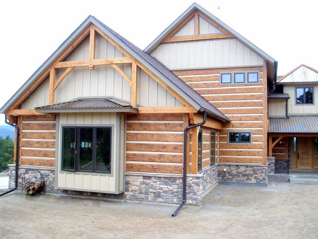 Golden colorado residence profile 16 hand hewn everlog for Hewn log cabin kits