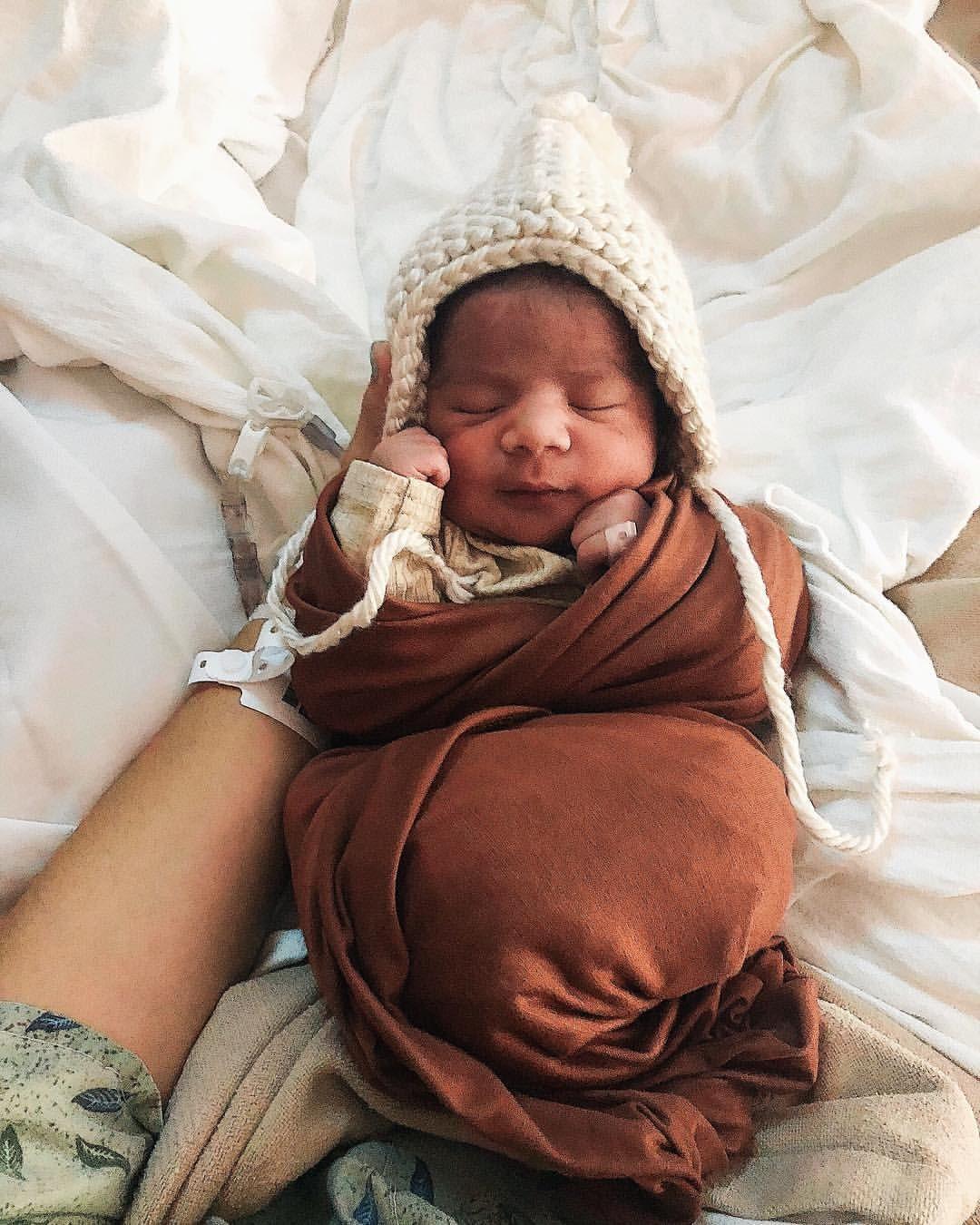 Newborn baby fall baby inspired photos newborn photos taken at the hospital 🍂✨🌻 newborn baby babyphotos