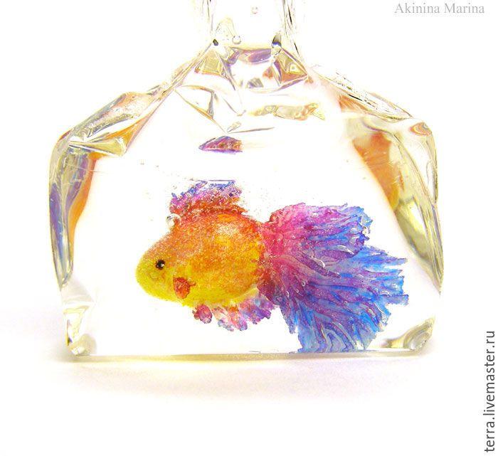 Купить Морской закат рыбка фиолетовая малиновая кулон подвеска ирис - золотая рыбка рыба
