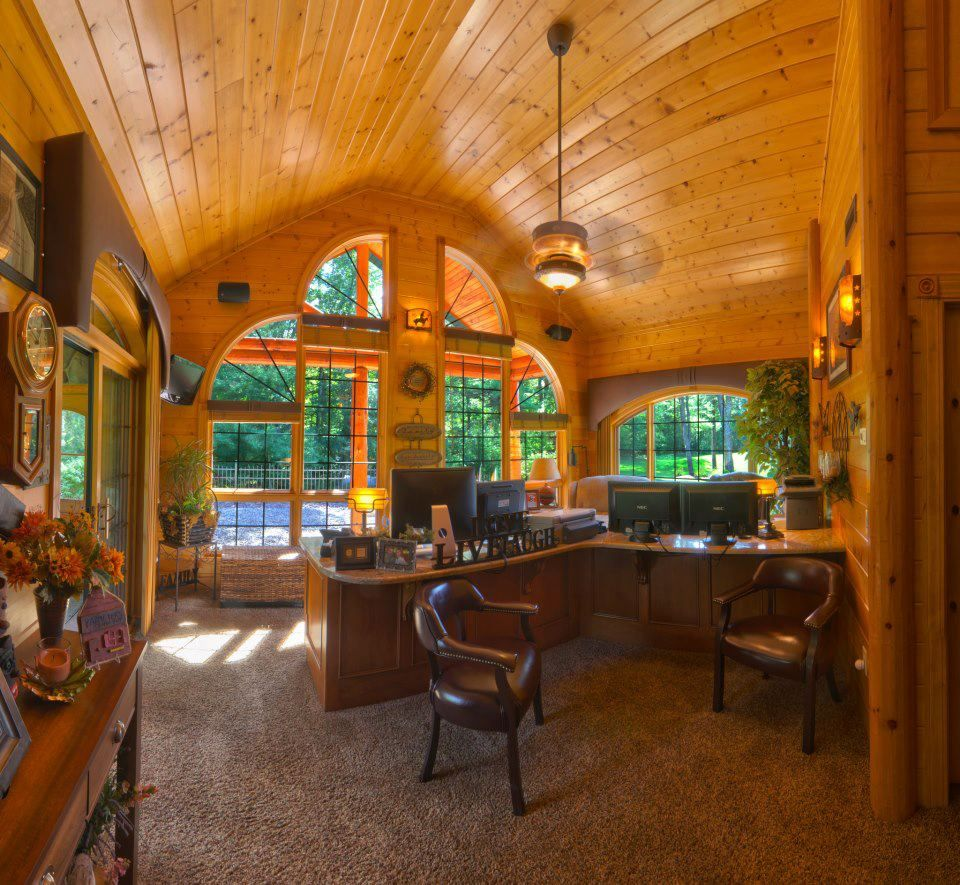 A Nice Office From Golden Eagle Log Homes? Good Feng Shui