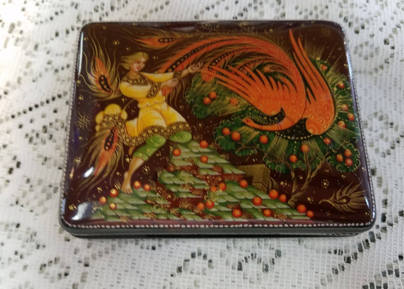 Hand Painted Russian Lacquer Box Fairy Tale Scene Signed