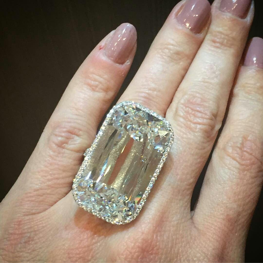 @jillnewman An exceptional 48 carat Ashoka cut diamond ring @ashokadiamond @williamgoldbergdiamonds @kwiatdiamonds @by_couture #thisiscouture @robbreport
