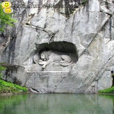 sculpture - Lion Monument - TodaysFun ... Worlds best funny pictures collection