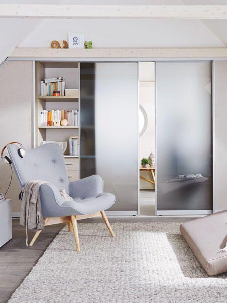 Mansarde mit Einbauschrank einrichten   tolle Tipps   Einbauschrank, Wohnen und Dachschräge ...