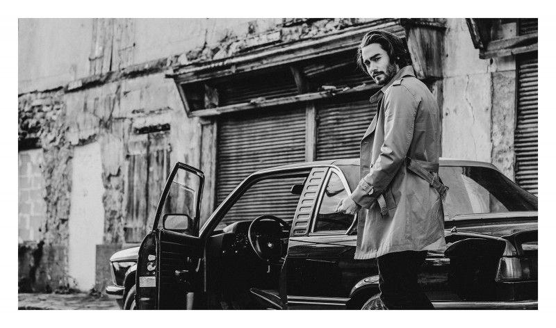 INTO THE DEEP. - Laurent NivalleLaurent Nivalle