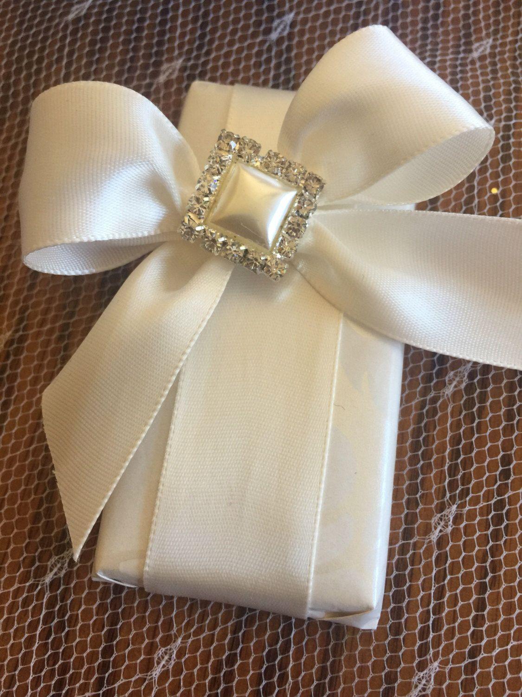 12 Wedding favors, wedding chocolate, pearl and rhinestones brooch ...