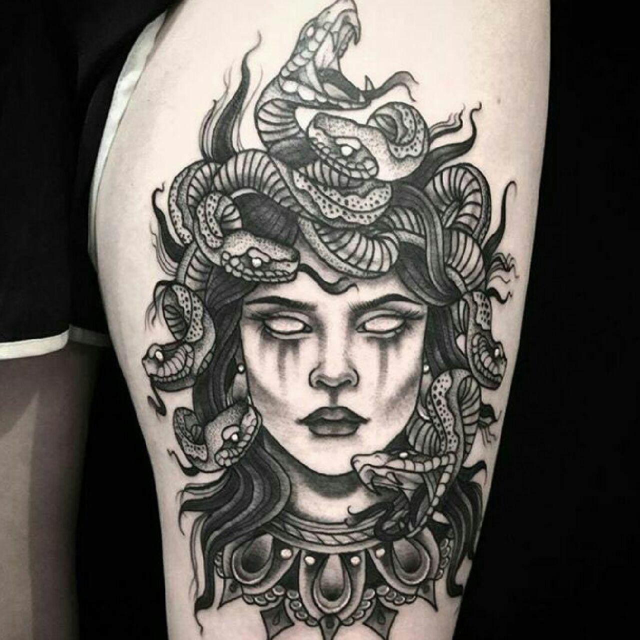 Black Medusa Tattoo: Pin By Angelea Thompson On Ink