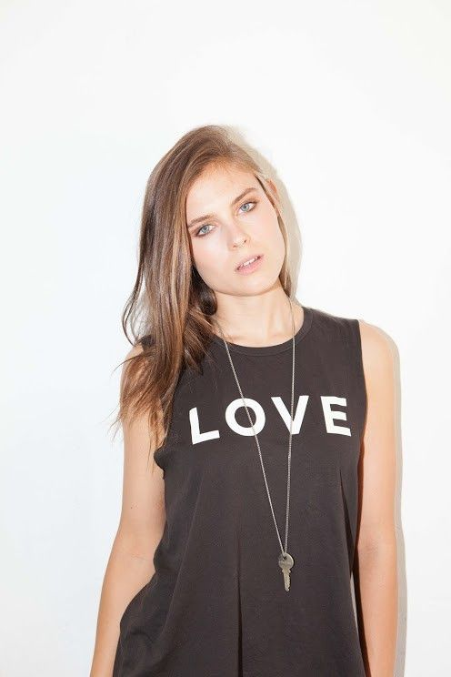 love muscle t-shirt and key necklace #thegivingkeys