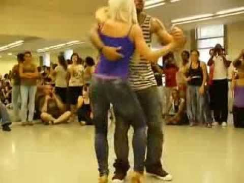 The Best Dance Lessons For Couples Near Me (with Free ...