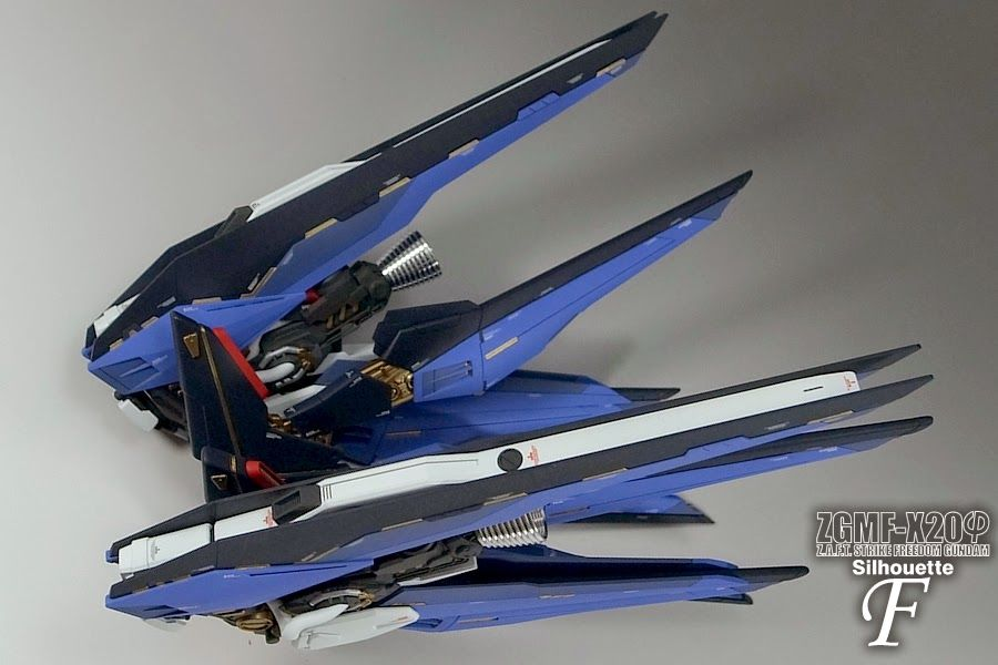 Custom Build: MG 1/100 Strike Freedom Gundam Mix Build ...