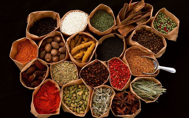 I can´t get enough of spices and love beautiful photos like this one.