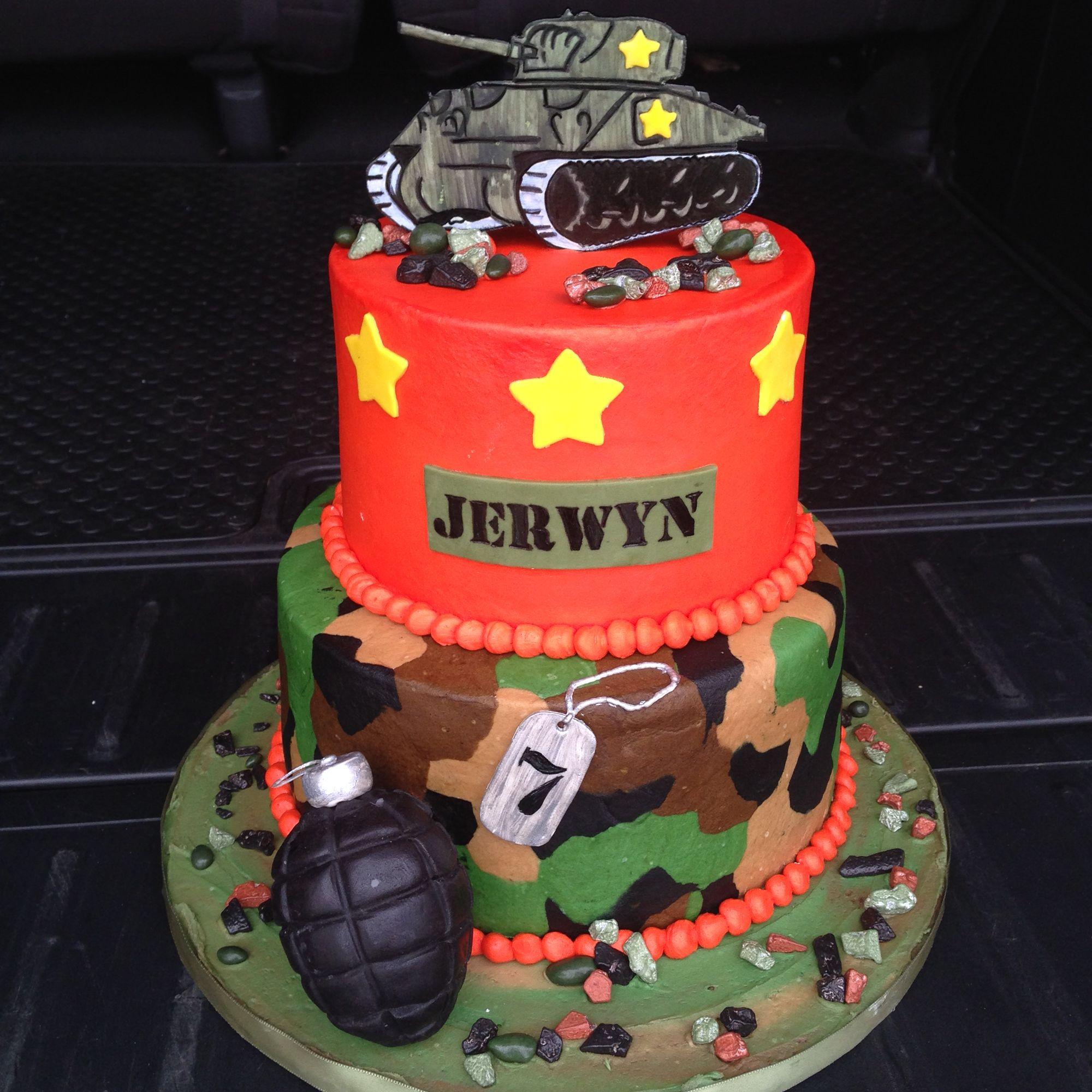 Military theme cake