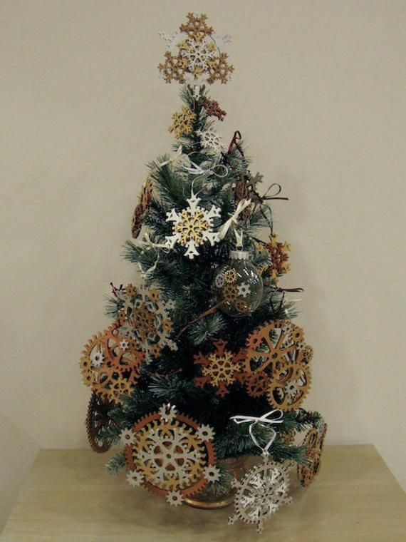 Small 5 Inch Steampunk Tree Topper Snowflake Gears Shown In